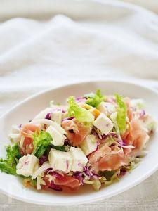 豆腐と生ハムのサラダ