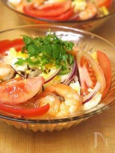 レモントムヤムスープで魚介のあっさり春雨