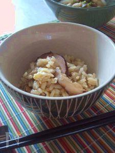 干し椎茸とカマンベールの炊き込みごはん