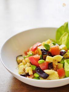 コロコロチーズと野菜のサラダ