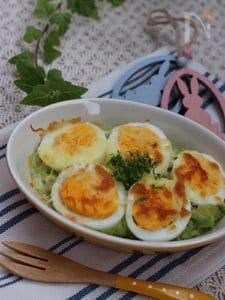 アボカドと卵のグラタン