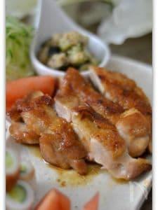 鶏もも肉の照り焼きメイプル風味