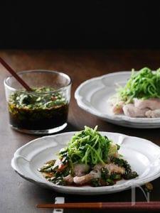 ニラ醤油で美味しさアップ!低温調理の茹で豚