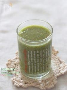 生ブロッコリーで作るグリーンスムージー