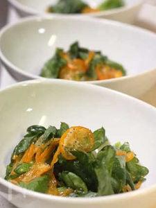 春菊ときんかんのサラダ