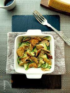 ズッキーニとゴマパルミジャーノのサラダ
