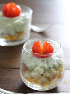 簡単パセリマヨソースのグラスポテトサラダ。
