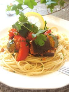 メキシカン風野菜ゴロゴロミートソース
