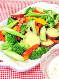 ペッパーハニーレモンドレッシングde彩り温野菜サラダ