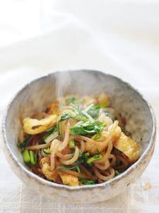 白滝と油揚げの生姜醤油炒め