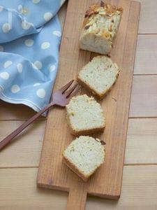 スパイスたっぷり★りんごアーモンドケーキ