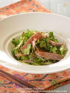 豚肉とパクチーのエスニックサラダ