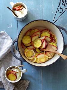 さつまいもとりんごの重ね蒸し