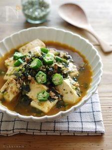 モロヘイヤとオクラのトロトロスープ麻婆豆腐