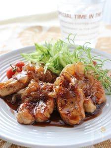 豚フィレ肉のソテー、バルサミコソース