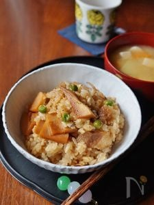 タケノコと豚バラの混ぜご飯