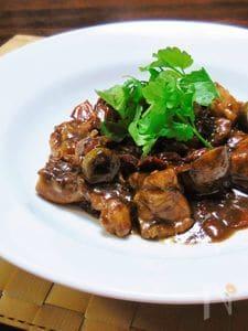 鶏とマッシュルームのバルサミコ酢煮込み