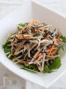 ごぼうとひじきとツナの胡麻マヨサラダ
