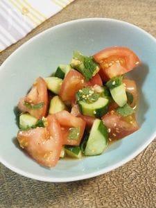 トマトときゅうりのさっぱりしそサラダ