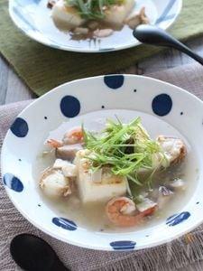 味わい深い・豆腐の海鮮スープ