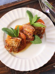 10分でごちそう!豚バラ肉とトマトのグリル