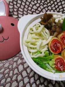くるくる巻くだけで簡単!可愛い 豚肉と人参の信田巻き串し鍋