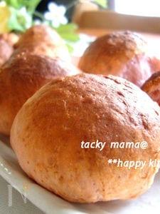 苺づくし♪ほんのりピンクの苺ミルクパンin苺ジャム