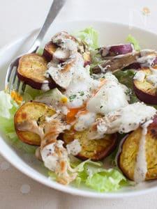 さつまいもと舞茸と惚レタスで、秋のクリーミーサラダ