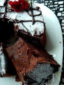 濃厚ダークチョコのシフォンケーキ