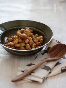 甘辛揚げ大豆。