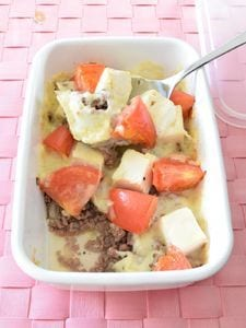 豆腐とトマトの挽肉チーズグラタン 作り置きレシピ