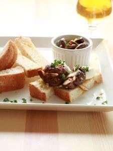 パンでおつまみ☆しいたけペペロンチーノのタルティーヌ