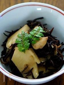 筍と生ひじきの煮物