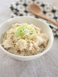 豆腐とえのきのとろみそ丼