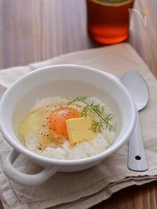 燻製風味の卵かけごはん