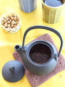 香ばしい香りに癒される 炒り大豆茶
