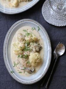 牡蠣とカリフラワーのクリームソース。