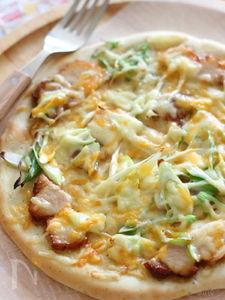 焼豚とネギのマヨポンピザ