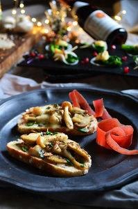 3種のキノコと味噌チーズのタルティーヌ