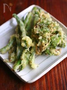 大葉と新生姜のかき揚げ、いんげんの天ぷら