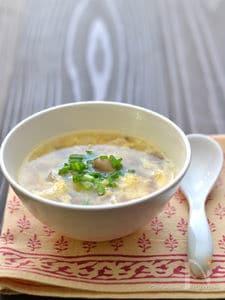 冷凍しめじの卵スープ