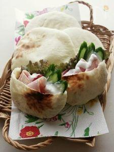 オーブントースターでOK!ポケットが出来るパン、ピタパン