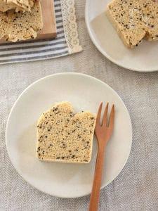 米粉の蒸しパウンドケーキ♪ごまみそきなこ