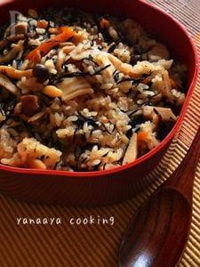 たけのこたっぷり♡もち米使用で炊き込みおこわ