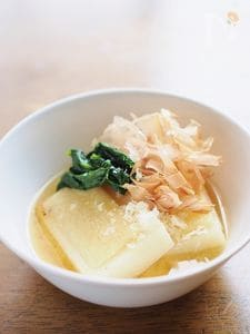 パルミジャーノ・チーズで味噌雑煮