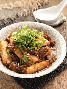 ねぎネギまみれの砂肝 柿と八丁味噌煮