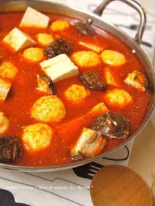 豆腐とえび団子の塩麹と味噌のチゲ風