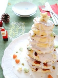 ホワイトクリスマスパンケーキ☆ココナッツヨーグルトソース
