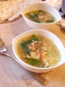 春レタスと焦がし桜エビの味わいスープ