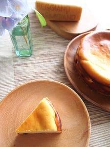 レーズンとパルミジャーノのチーズケーキ